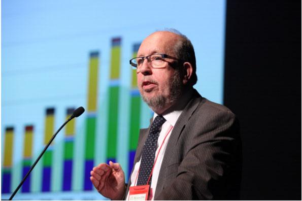 ライナー・ヒンリックス・ラールウェス氏(欧州再生可能エネルギー評議会会長)による講演
