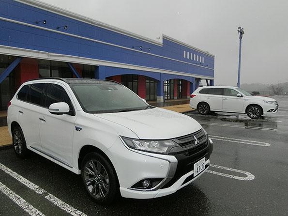千葉県内で行われた、新型アウトランダーPHEVの試乗会。