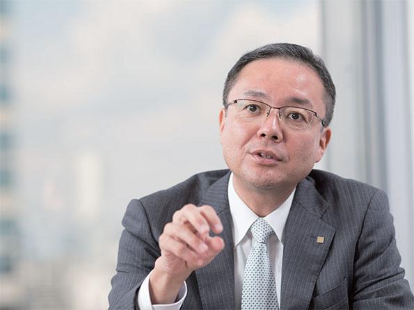 池田一郎氏(いけだ・いちろう) 京セラ株式会社 ソーラーエネルギー事業本部 マーケティング事業部 部長