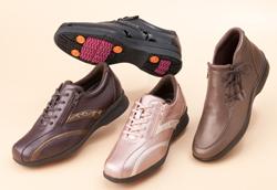 歩行時の圧力を熱に変換する、発熱クッション材入りの靴が登場