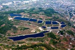 山梨県米倉山太陽光発電所、想定の1.2倍発電