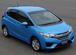 ホンダ、9月発売の新型「フィット ハイブリッド」国内最高の低燃費達成