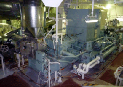 三菱重工の舶用排熱回収システム、鉱石運搬船の燃費8%削減