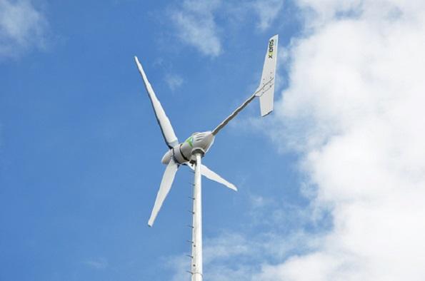「土地つき」の小形風力発電所も登場 個人の投資狙う