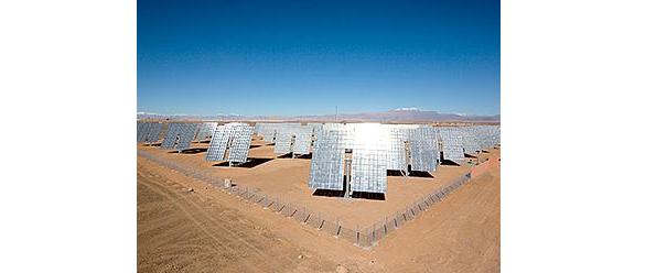 サハラ砂漠に追尾・集光型太陽光発電 住友電工がモロッコに1MW設置