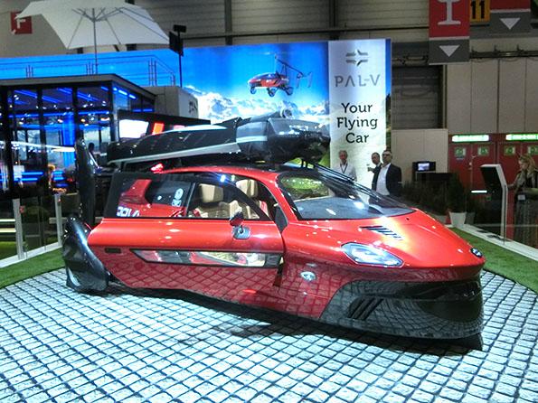 スイスのベンチャーが量産する、フライングカー。