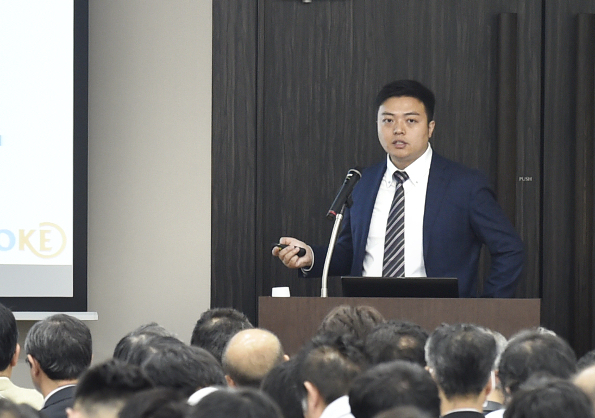 TAOKE株式会社 営業部部長 烏 鵬飛 氏