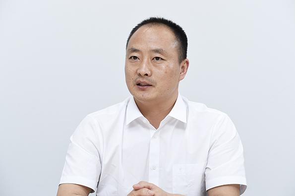 山東華業電気会長の翟 樹興氏