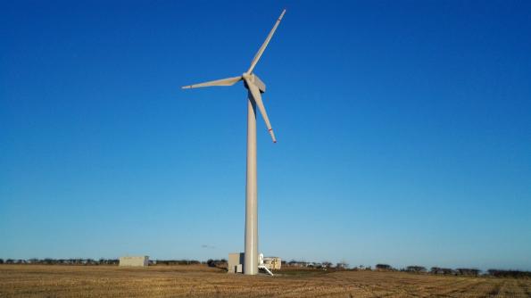 IRREが市場に投入する中形風力発電機 JW330