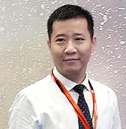 厳 剣峰(Jeff YAN)氏
