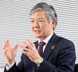 スマートソーラー 代表取締役 手塚 博文氏