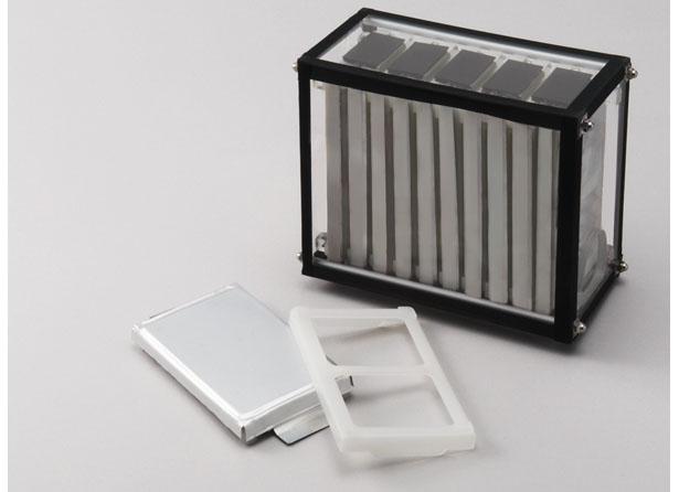 トップ 電池 リチウム イオン シェア